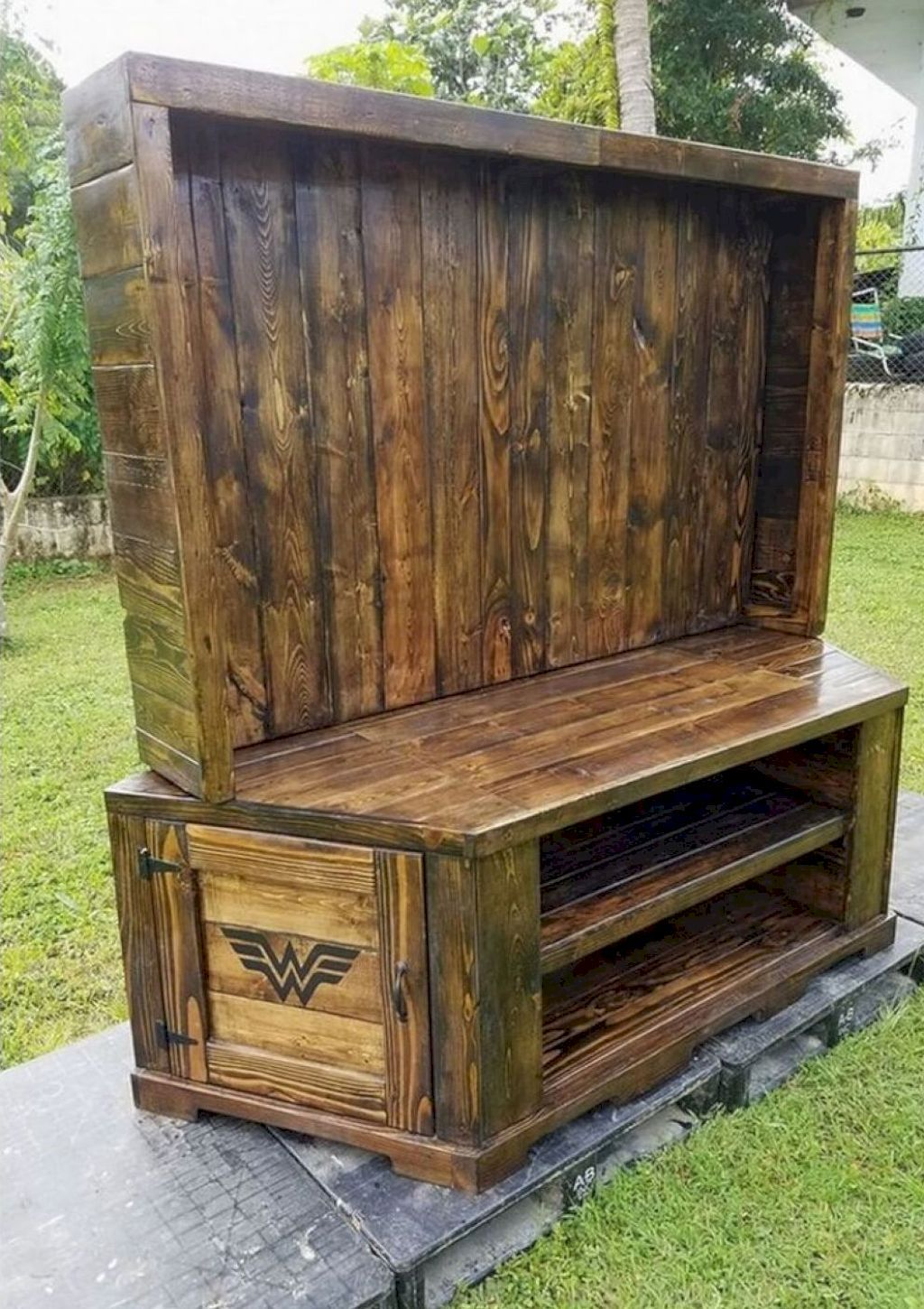 homemade pallet furniture. Awesome 70 Cool Wooden Pallet Furniture Project Ideas Https://homeylife.com/ Homemade O
