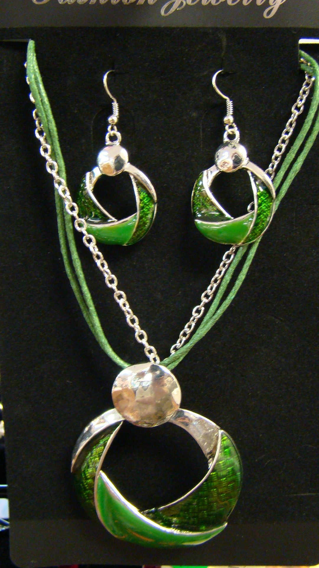 Affordable Accessories 4311 Mundy Mill Rd Oakwood, GA 30566 770-531-9991 www.affordableaccessories.net