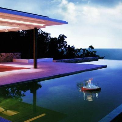 jardn con piscina de lujo