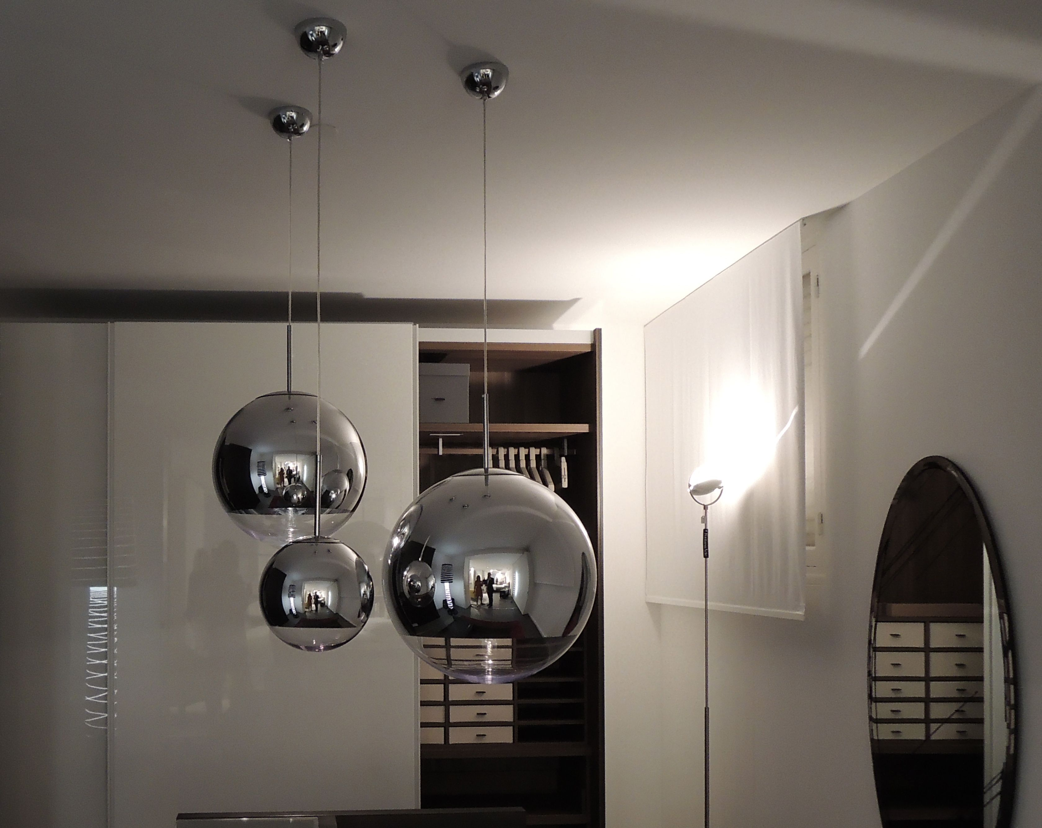 Luminaires Cannes Mirror Ball Tom Dixon Poliform Varenna By Martine Foubet