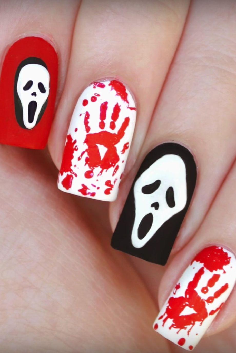 48 Fun Creepy And Kooky Nail Art Ideas For The Halloween Obsessed Halloween Nail Polish Designs Halloween Nail Art Halloween Nail Designs