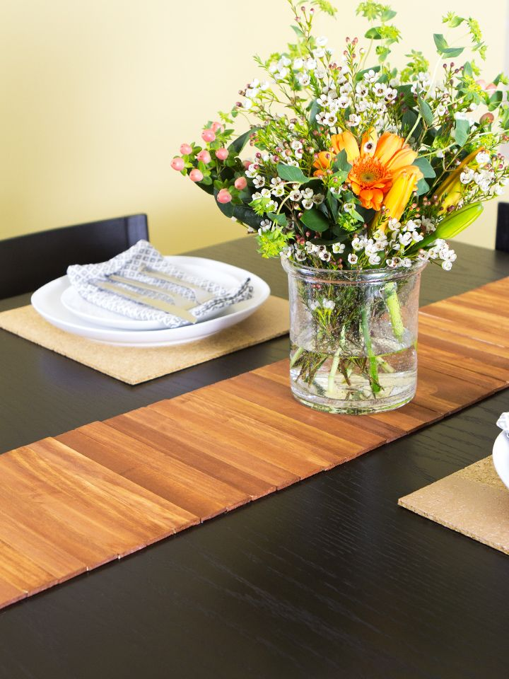 Nice Another Great Use For Paint Stir Sticks. Learn How To Make A Table Runner In