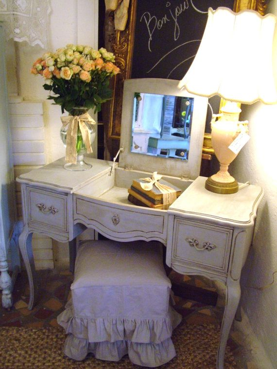 RESERVED DOROTHYKILORY Elegant Paris Apartment by StiltskinStudios