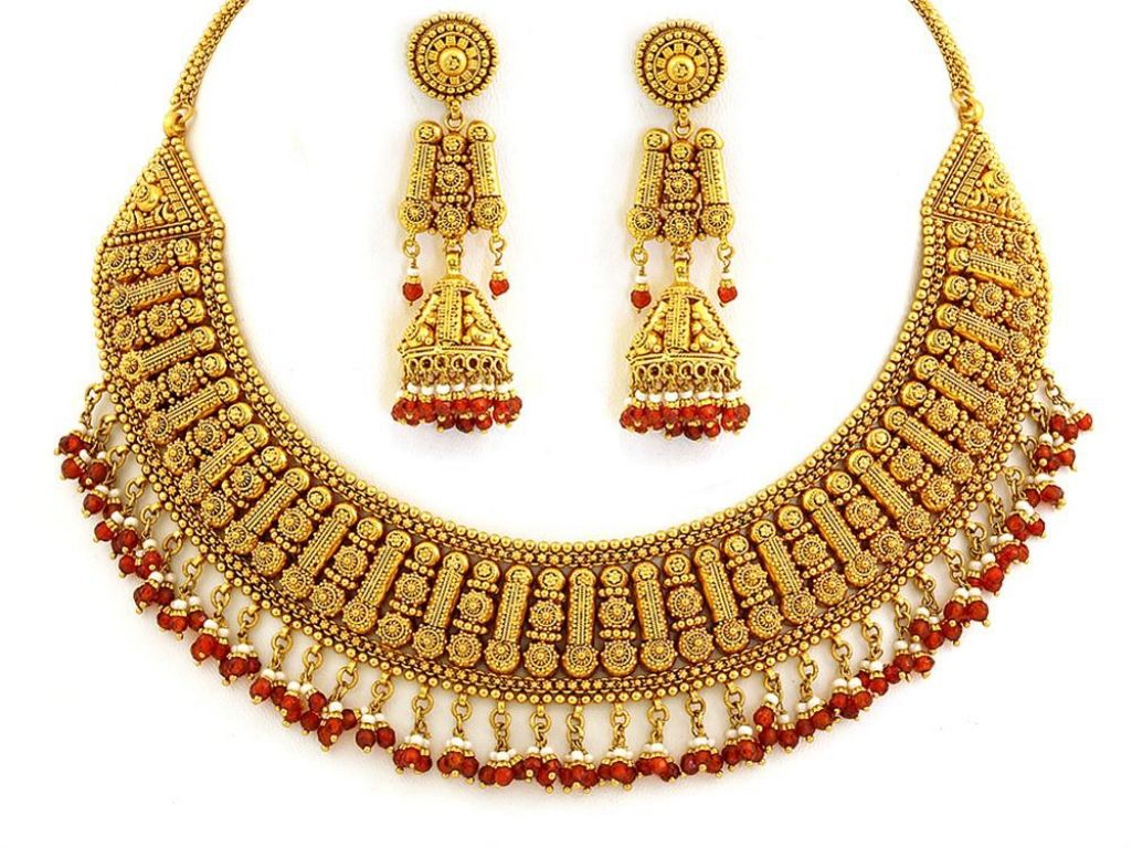 Gold Jewellery Designs | 22kt Designer Necklace Set - SN0100 ...