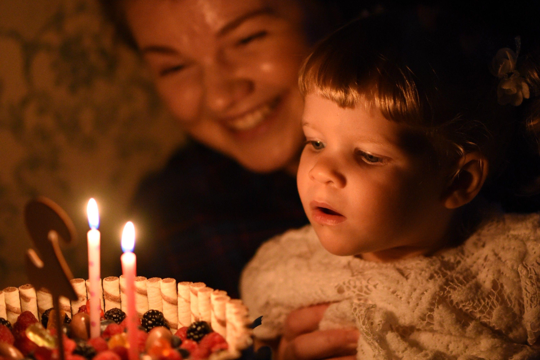 Картинки задувания свечей
