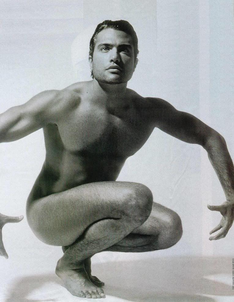 Der Christian  Krebs ohne shirt, und mit atletische Körper am Strand