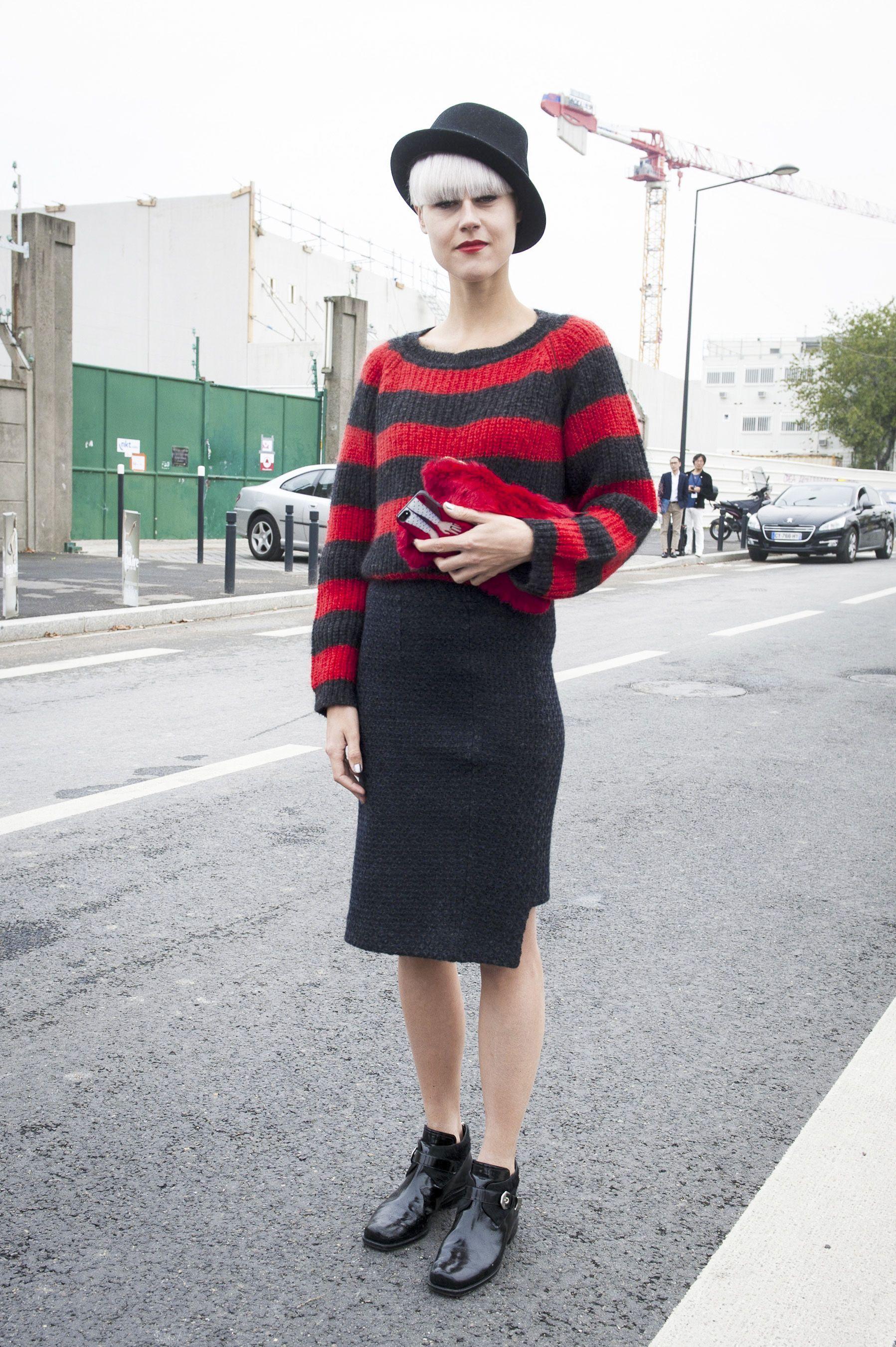 #LindaTol getting her stripe on. Paris. #LifestyleHunters