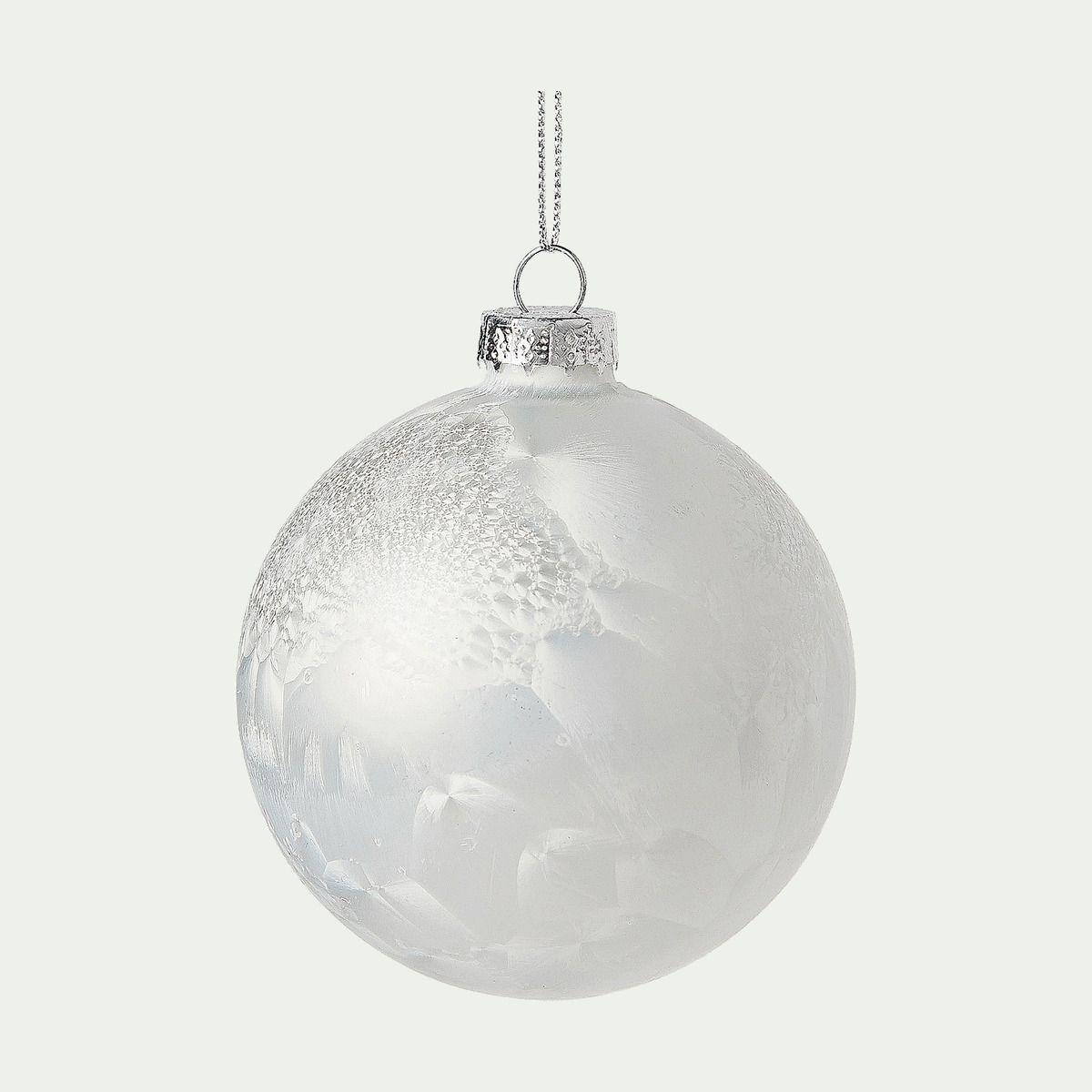 Boule de Noël givrée verte D8cm   Alinéa | Boule en verre, Boule