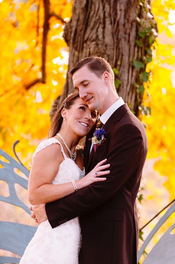 Plum and Gold Wedding by  Jen Yuson Photography 22