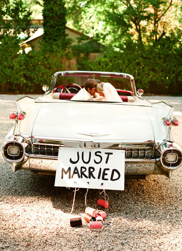 The Hy In Vintage Car Leaving Reception With Just Married Sign Photo By San Francisco Based Wedding Photographer Lisa Lefkowitz