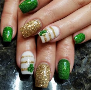 Easy St. Patrick Day Nail Design Ideas to Try This 2020