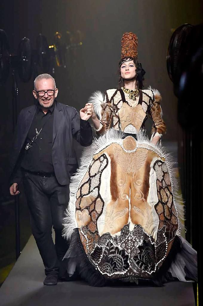 You can always rely on @JPGaultier to put on a #couture spectacle... http://uk.bazaar.com/1LS7BsY
