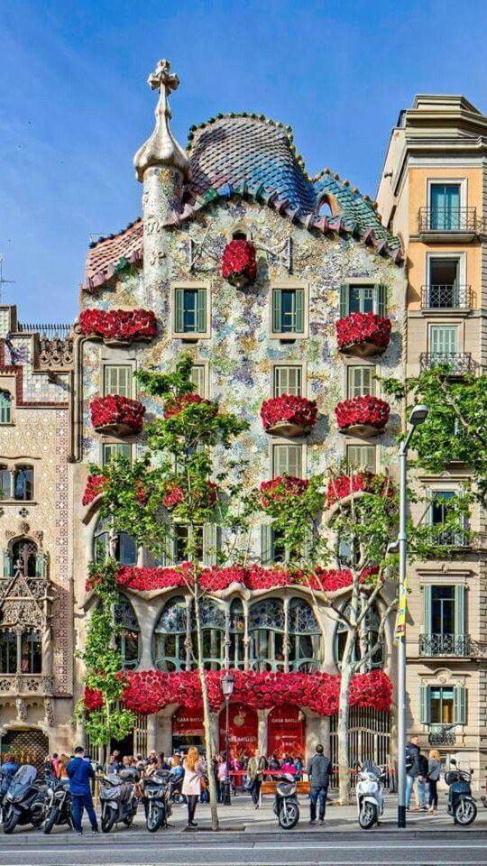 Barcelona de mis amores. Casa Batlló . Sant Jordi 2016
