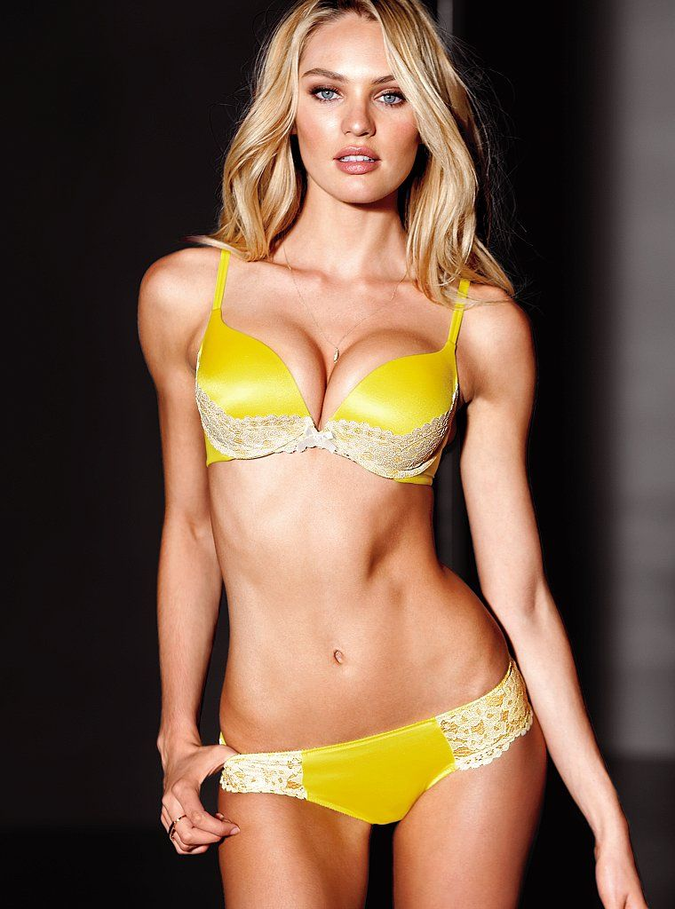 Hot blonde girls in lingerie can not