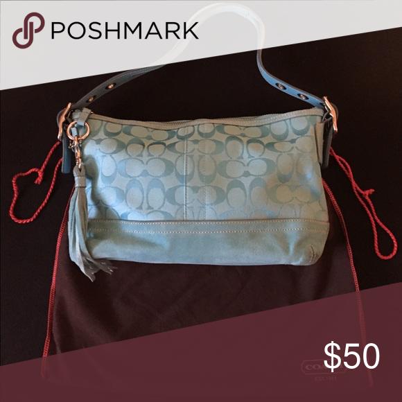 f9136da7d32e Coach purse - turquoise