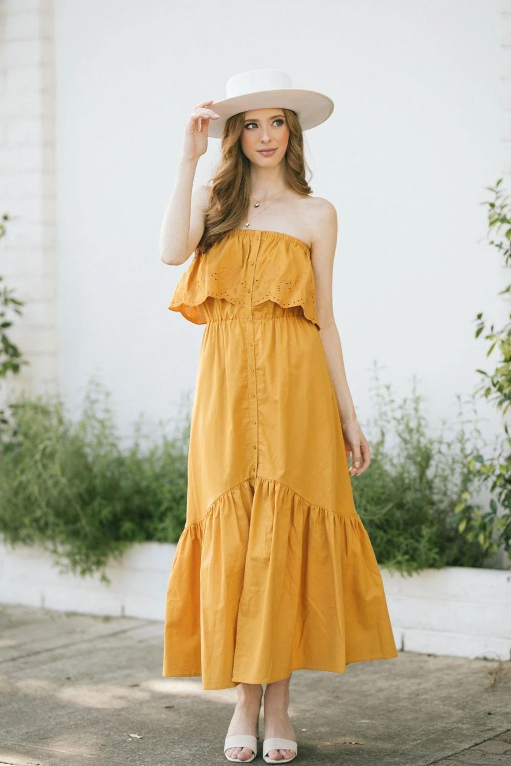 If We Could Live In Maxi Dresses We Would Which Is Probably Why We Have So Many Cute Maxi Dresses For Y Strapless Ruffle Dress Cute Maxi Dress Strapless Dress [ 1500 x 1000 Pixel ]