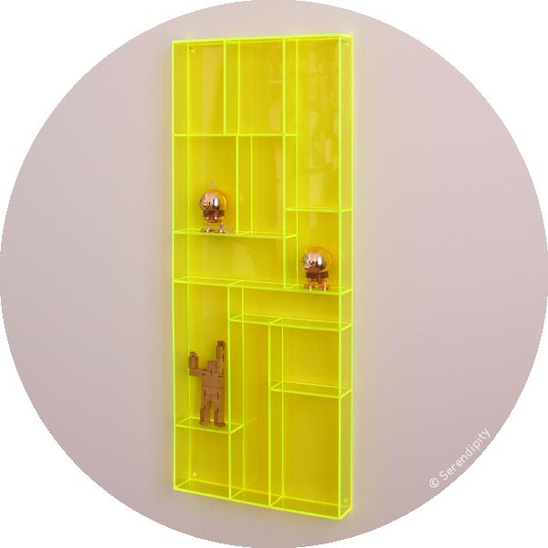 rangement plexiglas rangements plastiques with rangement plexiglas good v vitrine murale cm x. Black Bedroom Furniture Sets. Home Design Ideas