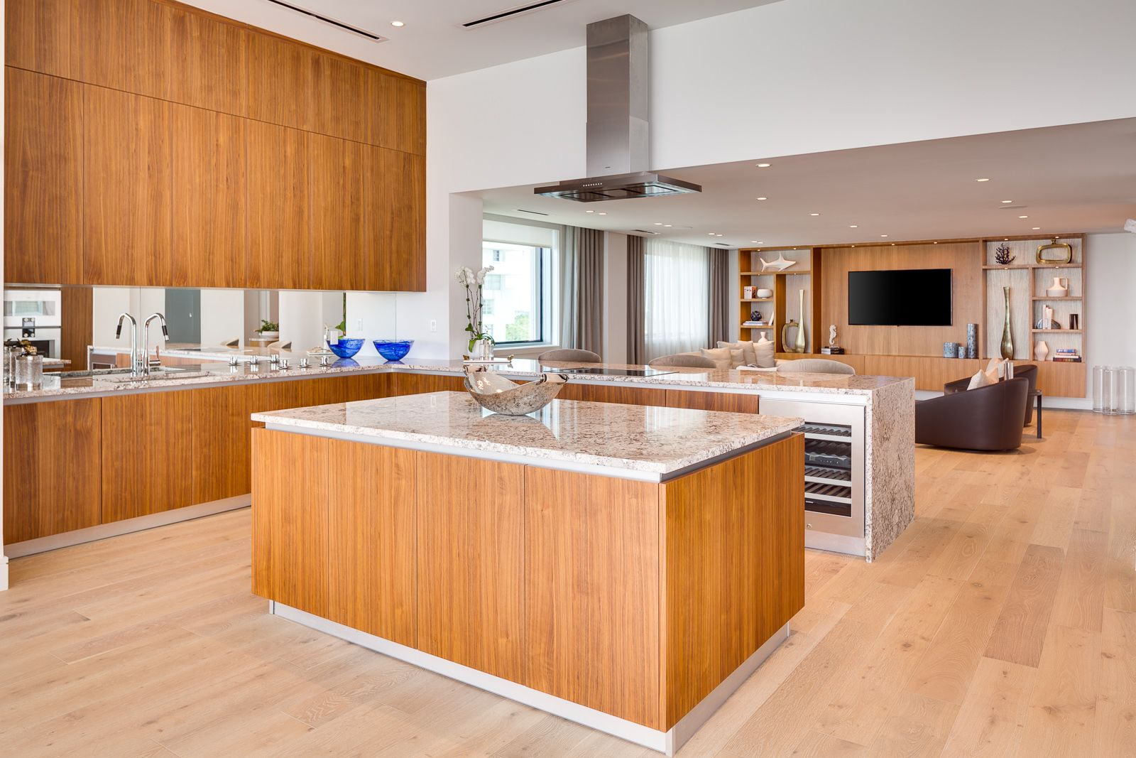 Una Residences Kitchen By Italkraft Kitchens Design Luxury