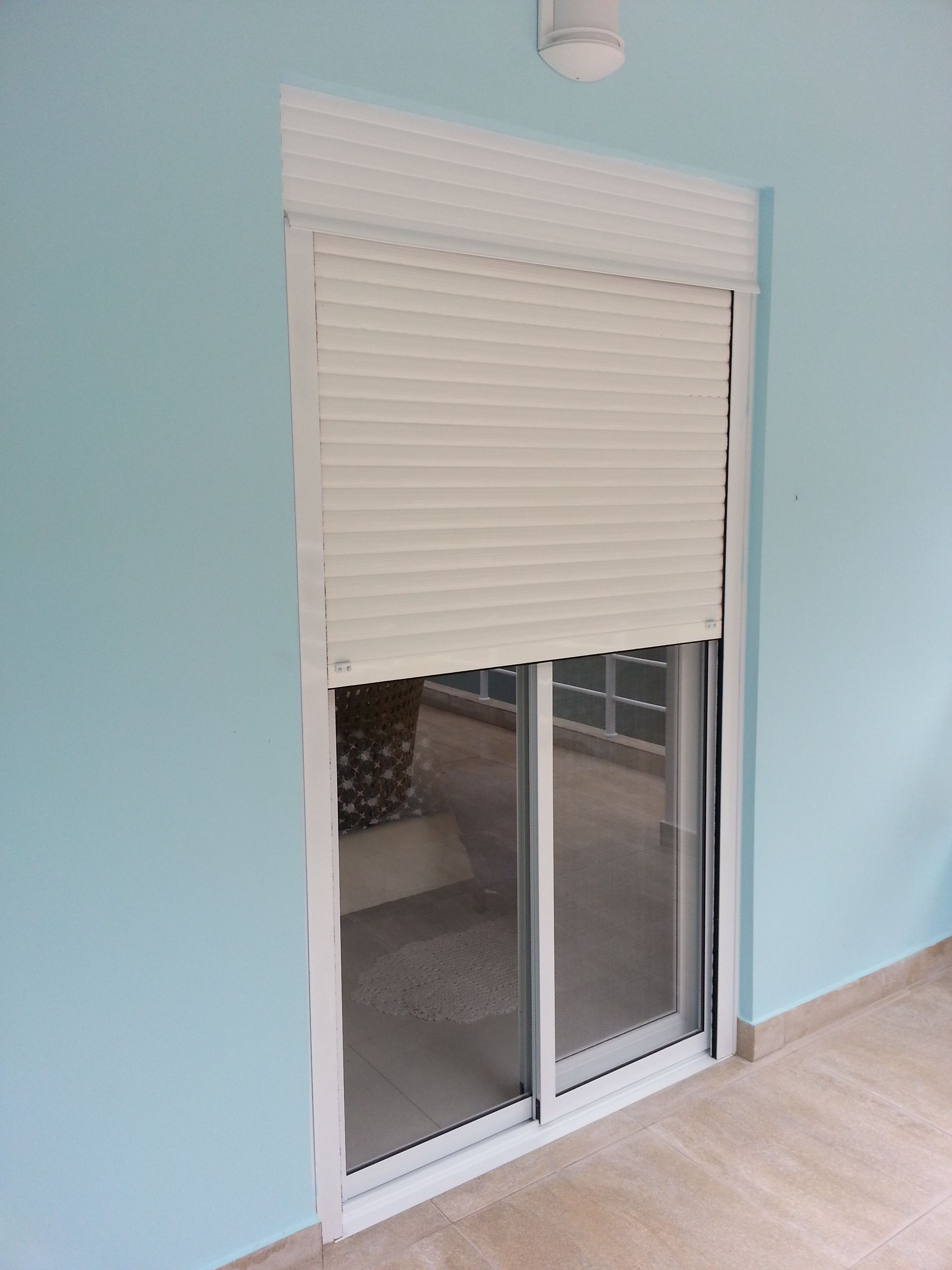 Janela De Aluminio Branco Tela Mosquiteira Para O Dormit Rio Do