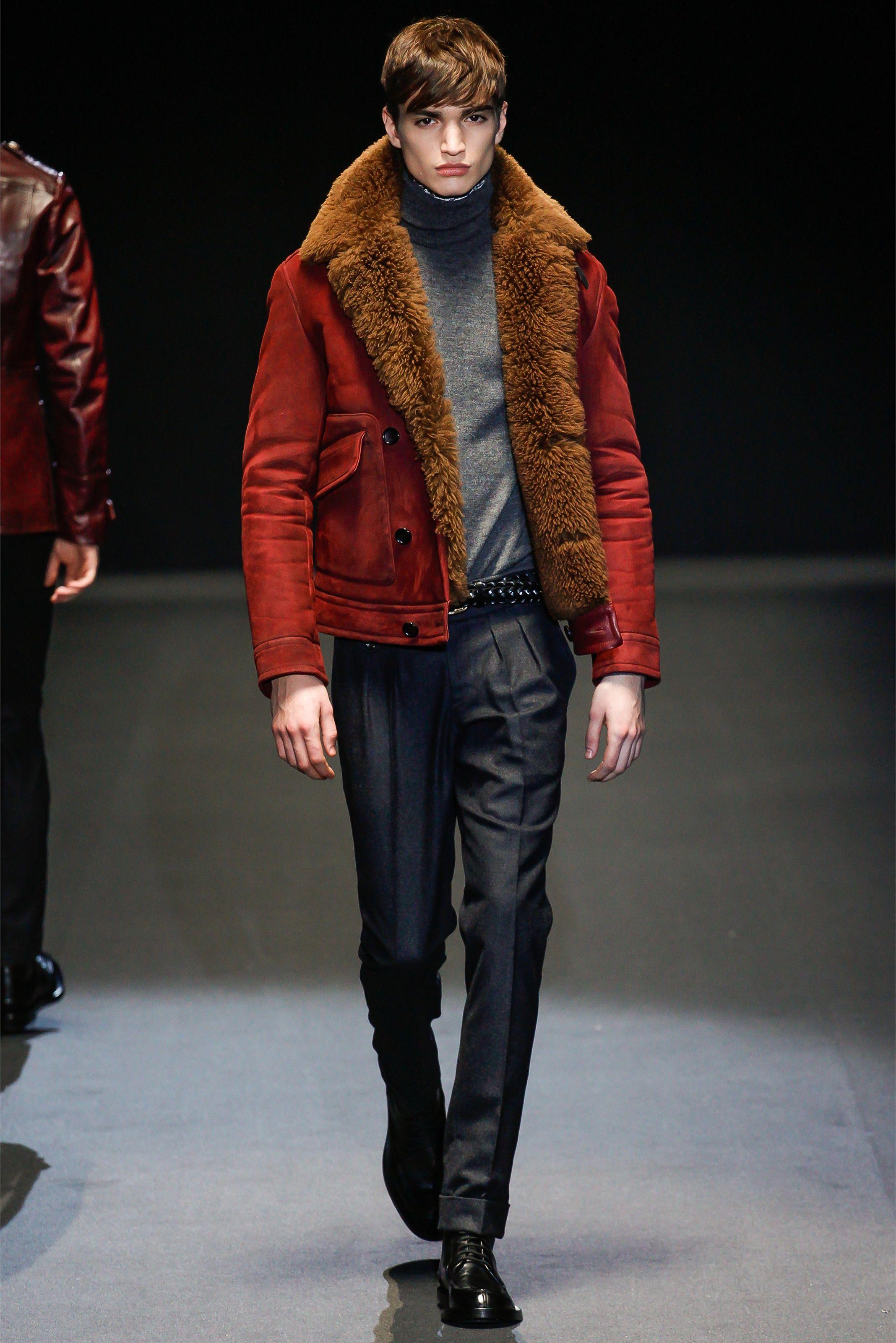 gucci Milano Moda Uomo Autunno Inverno 2013-14 - Vogue Look  17 ... 9a3749ecdfc