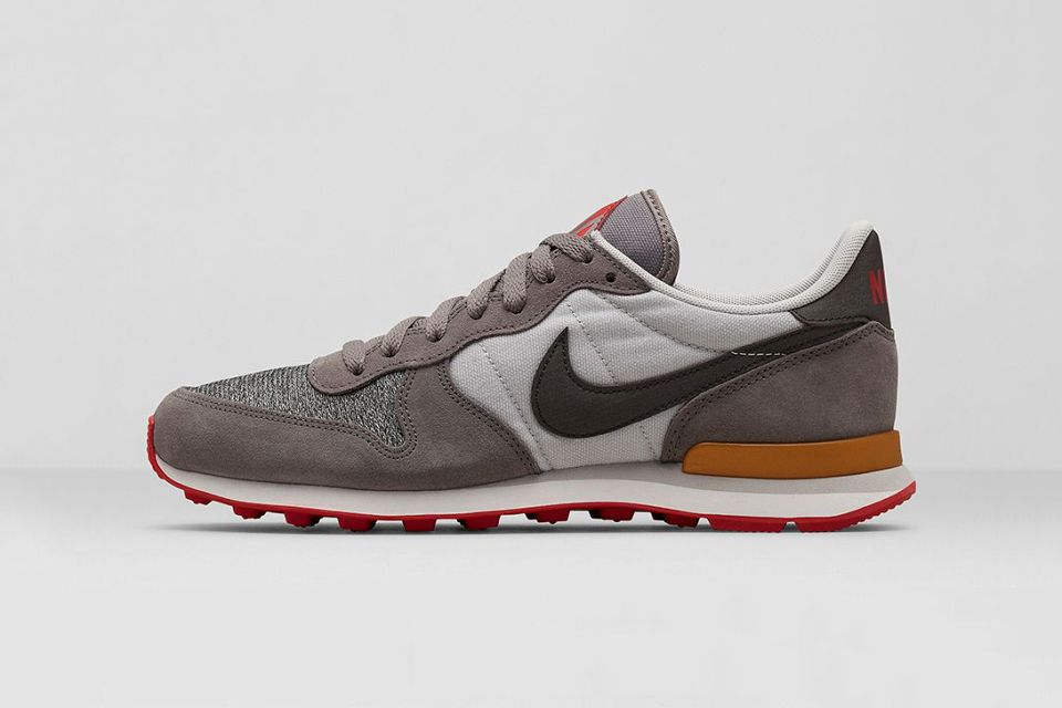 Nike Internationalist City