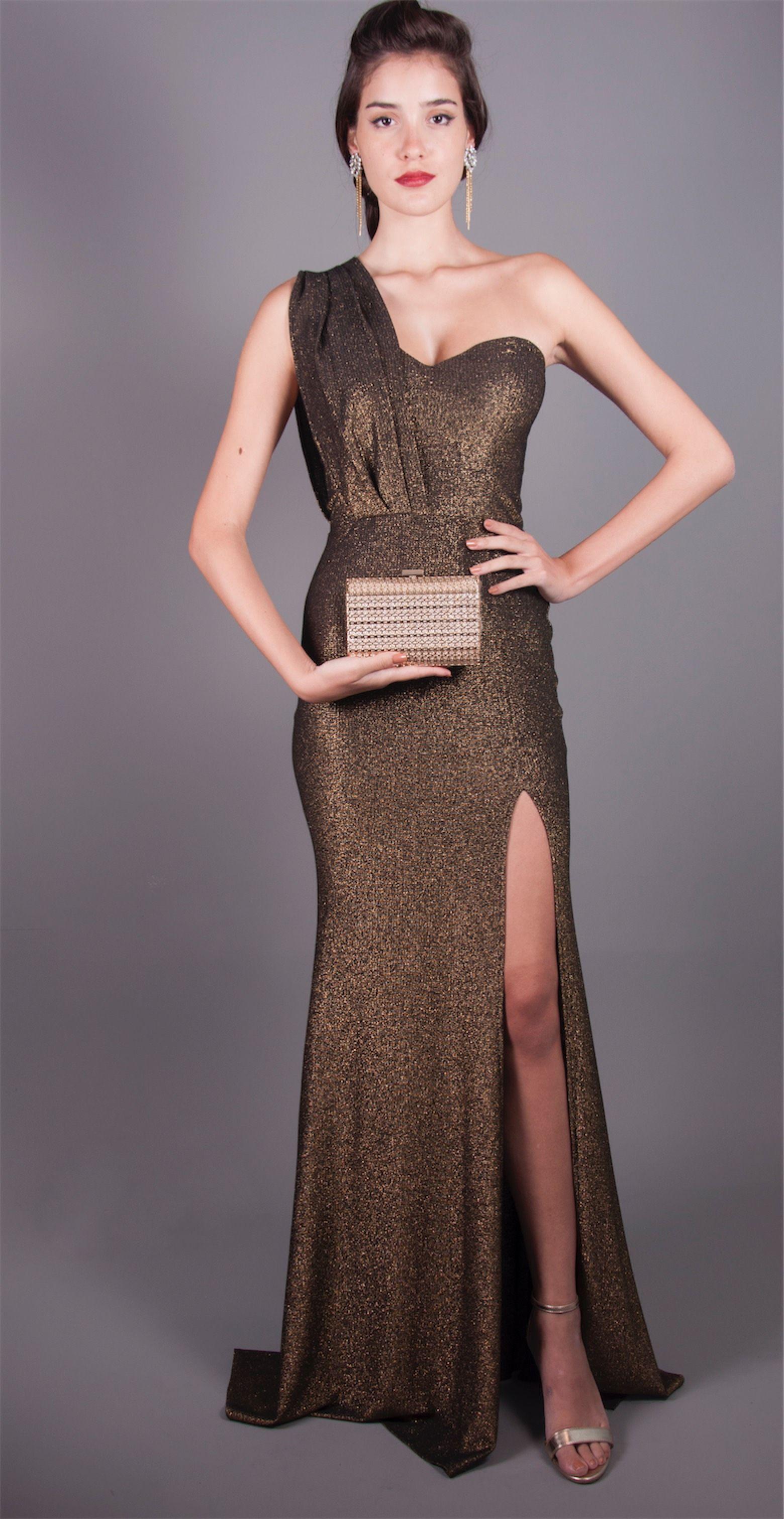 6215e3d2783b Vestido lurex busto ombro só R$ 689.99   Vestidos de Festa Longo em ...