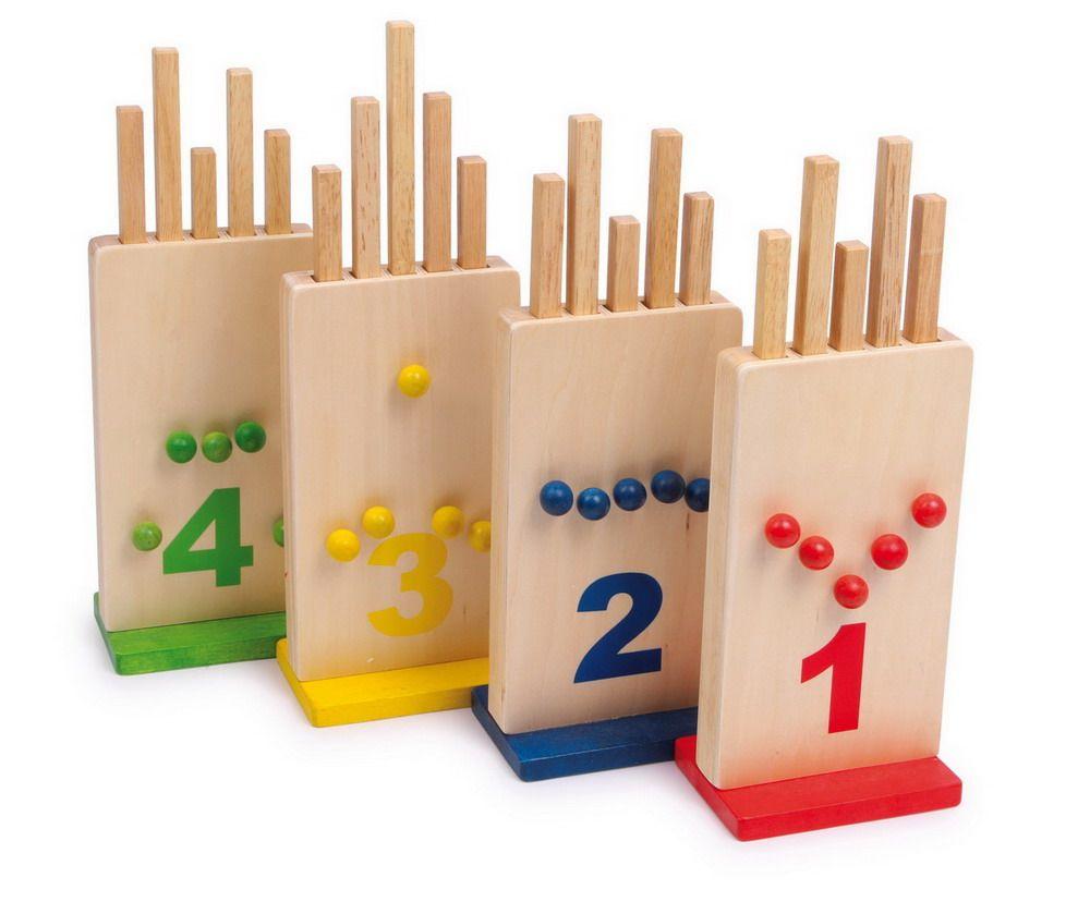 die verflixten l cher dieses knifflige steckspiel fordert bis zu vier spieler heraus jeder. Black Bedroom Furniture Sets. Home Design Ideas