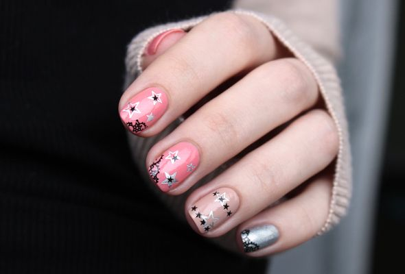 Pink, silver, beige, stars, lace skittlette nails