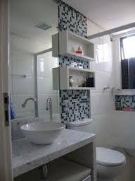 Resultado de imagem para armários banheiros pequenos
