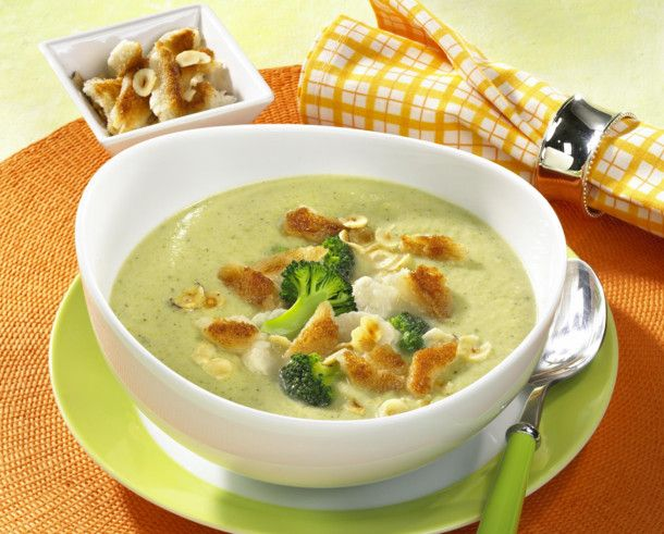blumenkohl broccoli suppe rezept soup stew und broccoli. Black Bedroom Furniture Sets. Home Design Ideas
