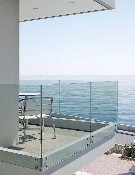Balcones panor micos barandilla de vidrio pinterest for Barandillas de cristal para terrazas