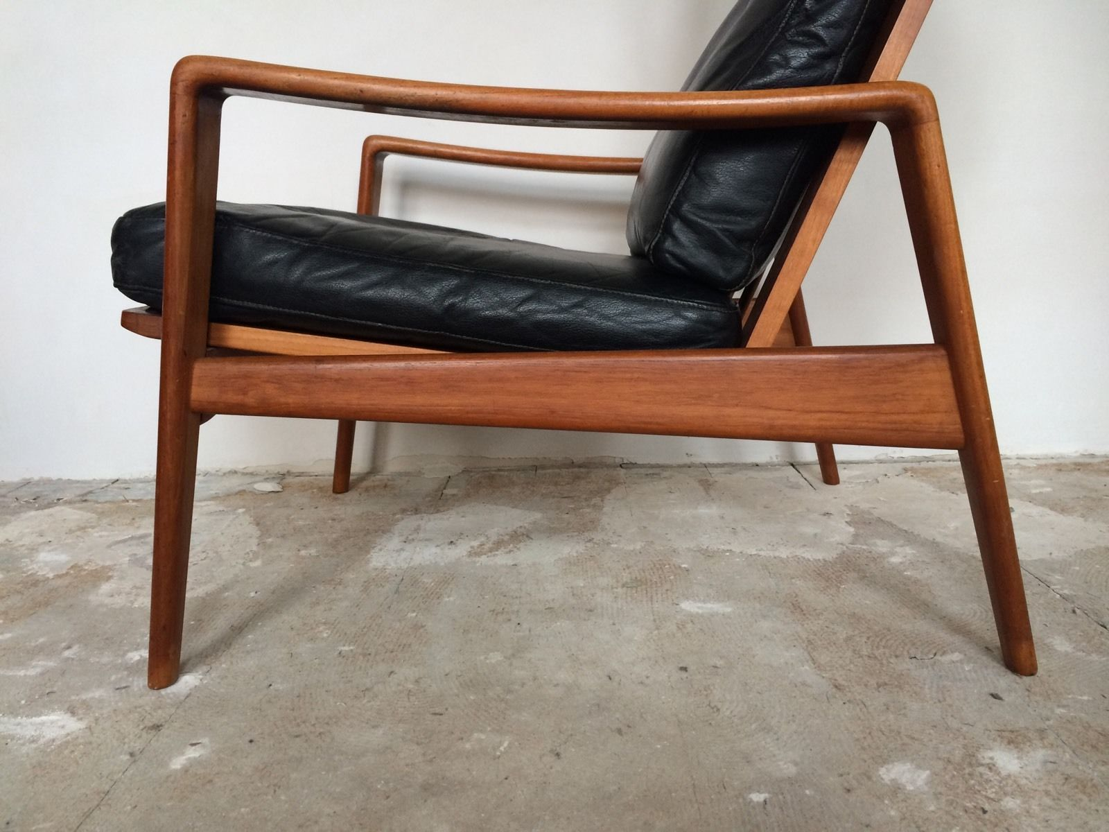Danish Design Meubels : Arne wahl iversen komfort lounge chair teak 60s danish design leder