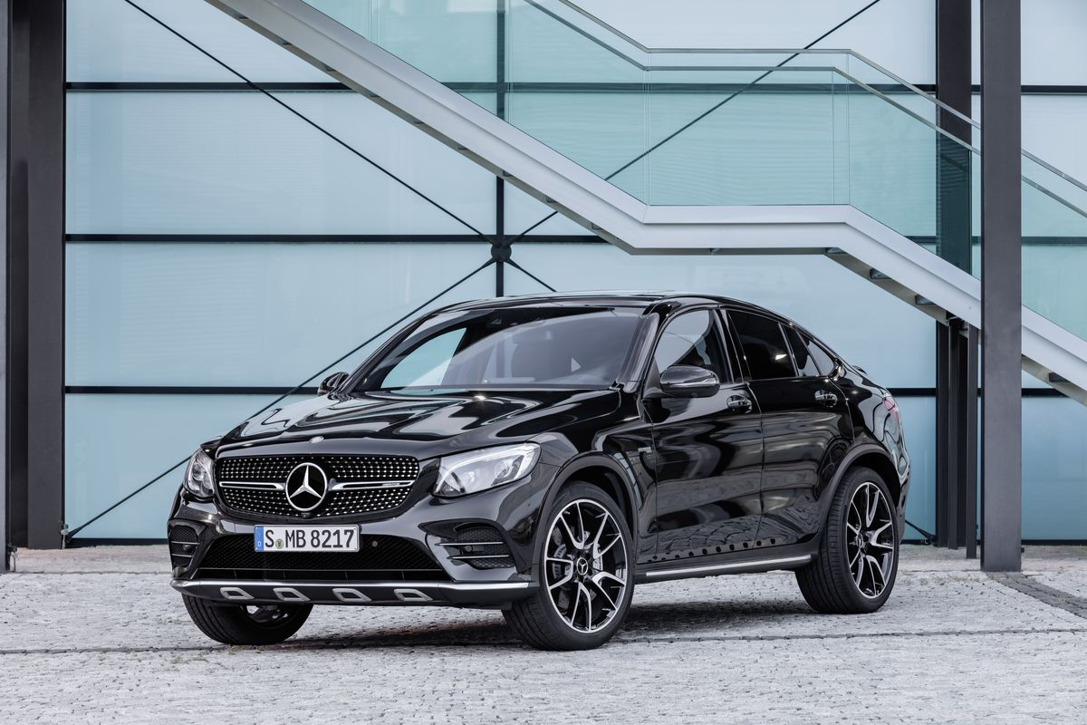 Mercedes Amg Glc43 Coupe Affalterbach S Bmw X4 M40i Competitor
