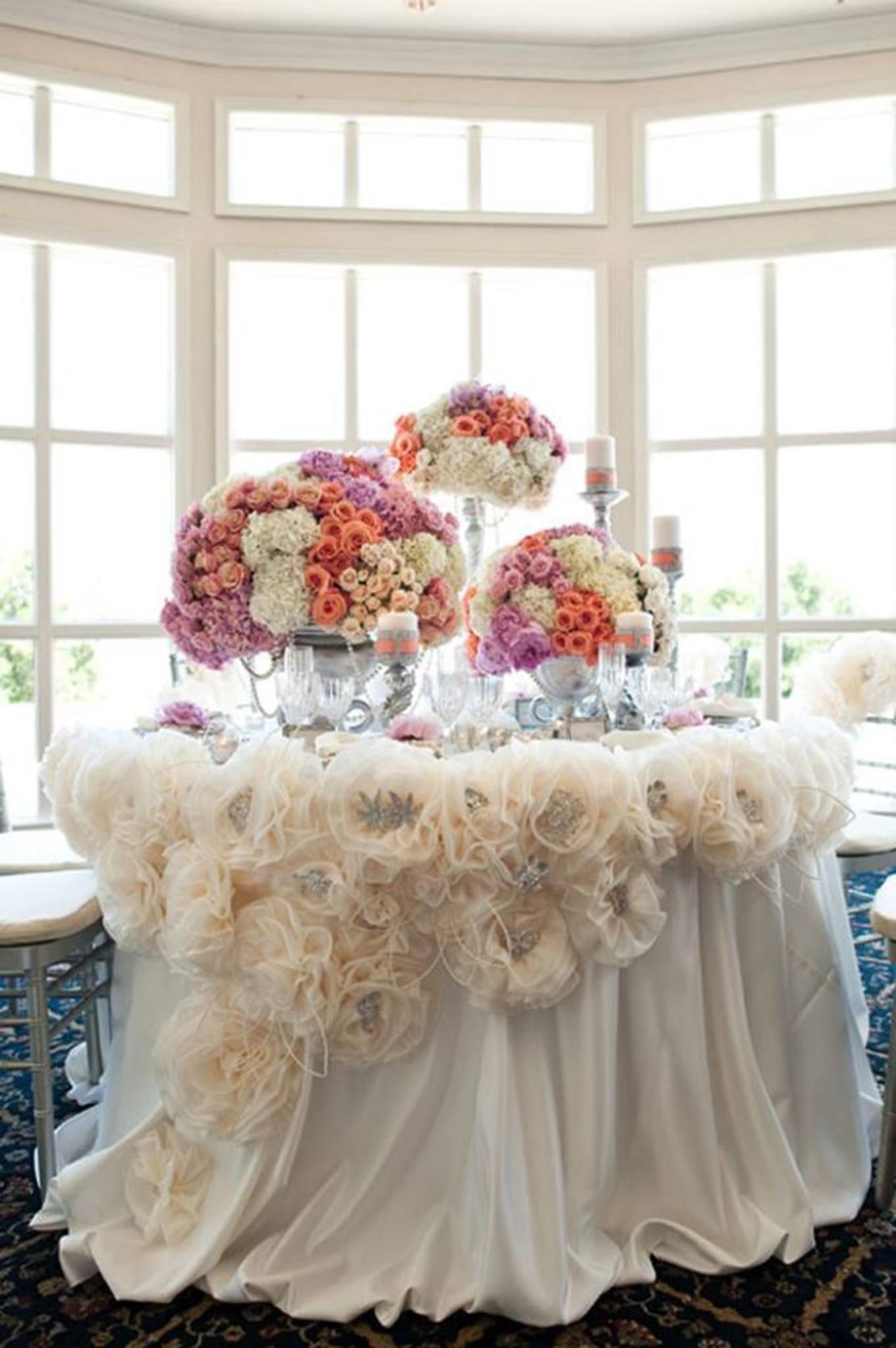 I Love The Fluffy Tule Flowers On The Tablecloth And