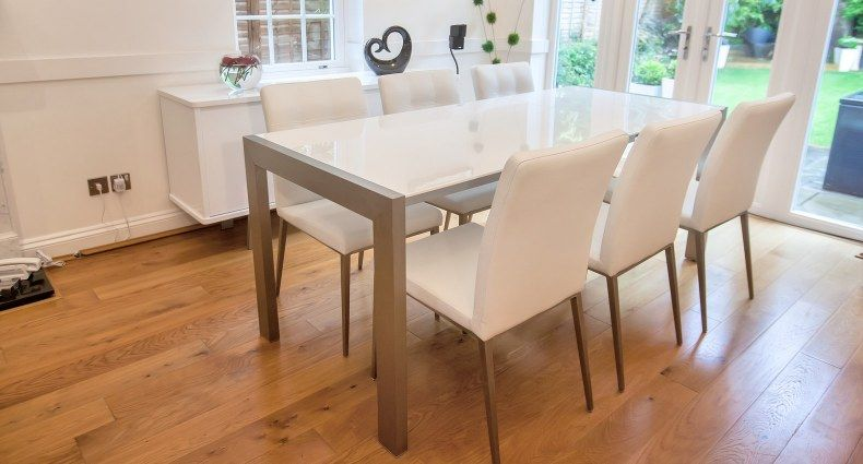 D313 Modern Dining Room Set In White Lacquer Finish: Casa White Gloss And Moda Extending Dining Set