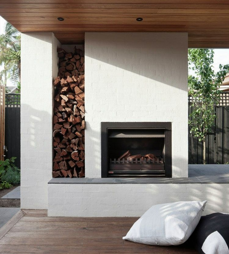 Moderne Terrassen Kamin Gartengestaltung Ideen Feuerholz Regal Backstein