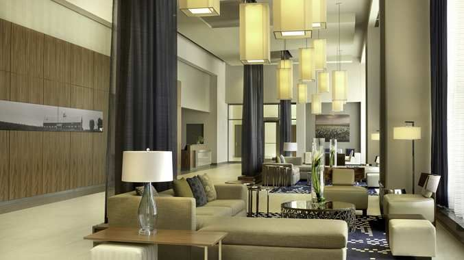 DoubleTree by Hilton Hotel Cedar Rapids Convention Complex Hotel, IA - Lobby Overall