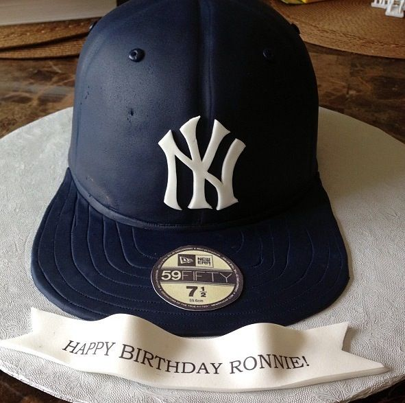 Yankee hat cake! ❤❤❤  18902550f1