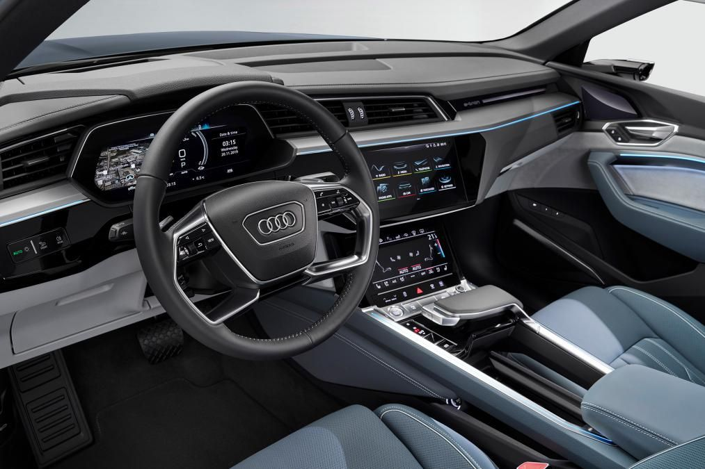 Audi Q4 With Images Audi E Tron E Tron Audi Q7 Interior
