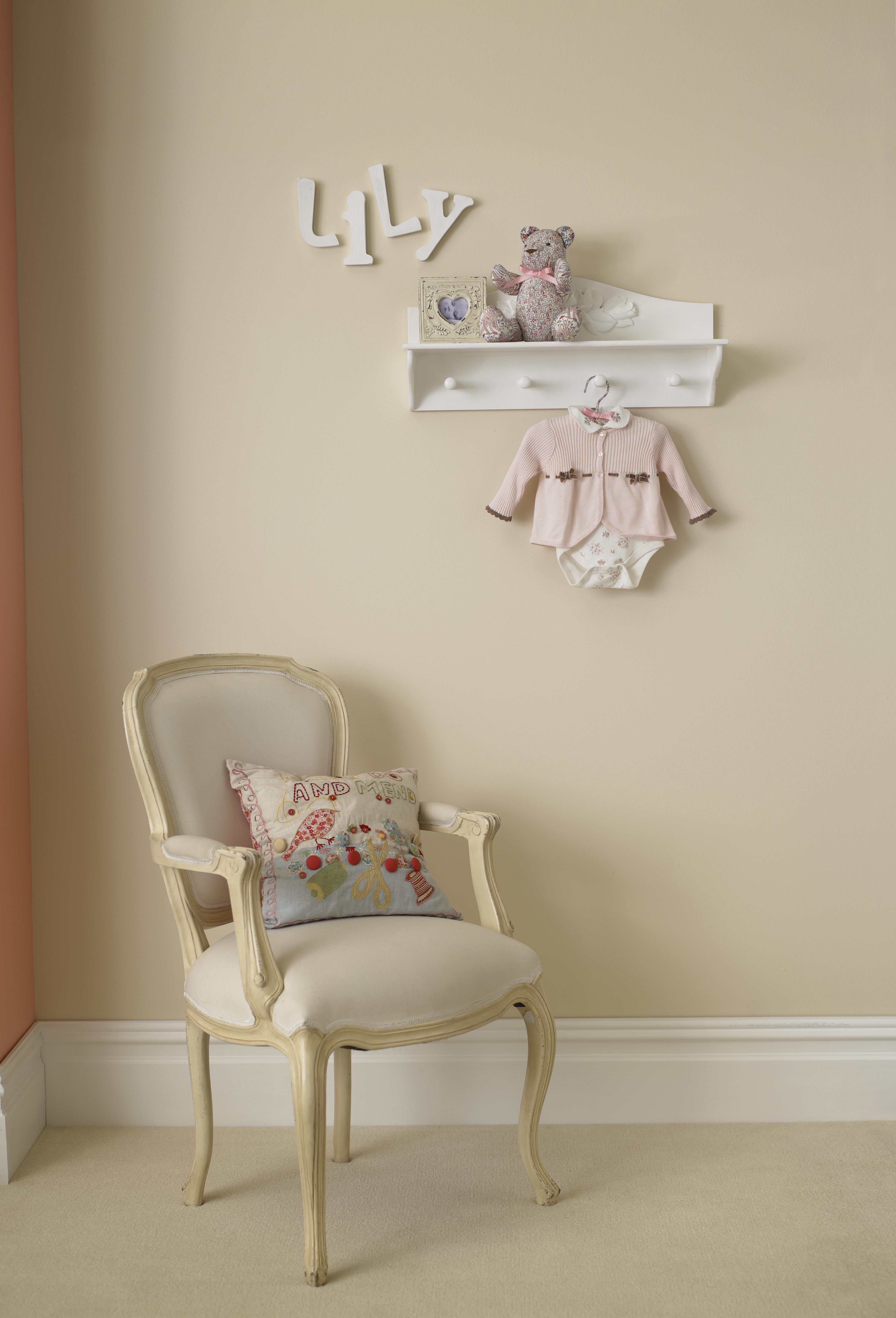 Crown paints matt emulsion in honey dip babies room - Crown paint colours for living room ...
