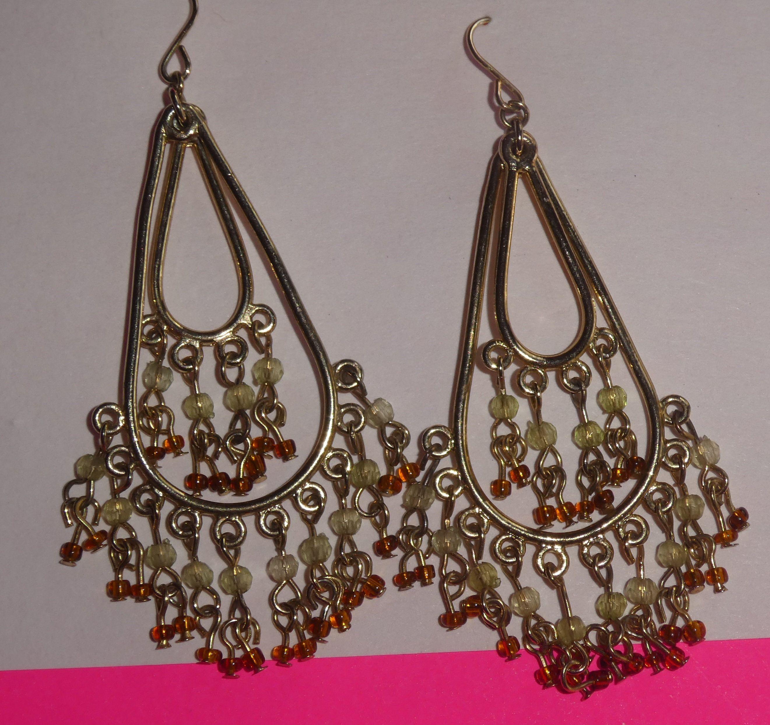 1970's -jewelry dangle-pierced earrings-gold metal-Jewelry-Free Shipping-costume jewelry-Birthday-stocking stuffer-xmas-Hanukkah – Kwanzaa