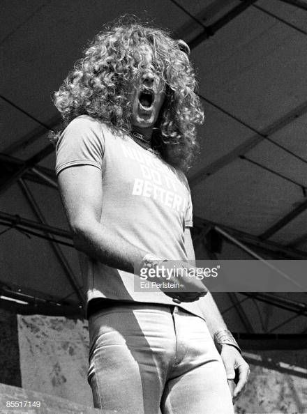 Photo of Robert PLANT and LED ZEPPELIN, Robert Plant performing on... #robertplant Photo of Robert PLANT and LED ZEPPELIN, Robert Plant performing on... #robertplant