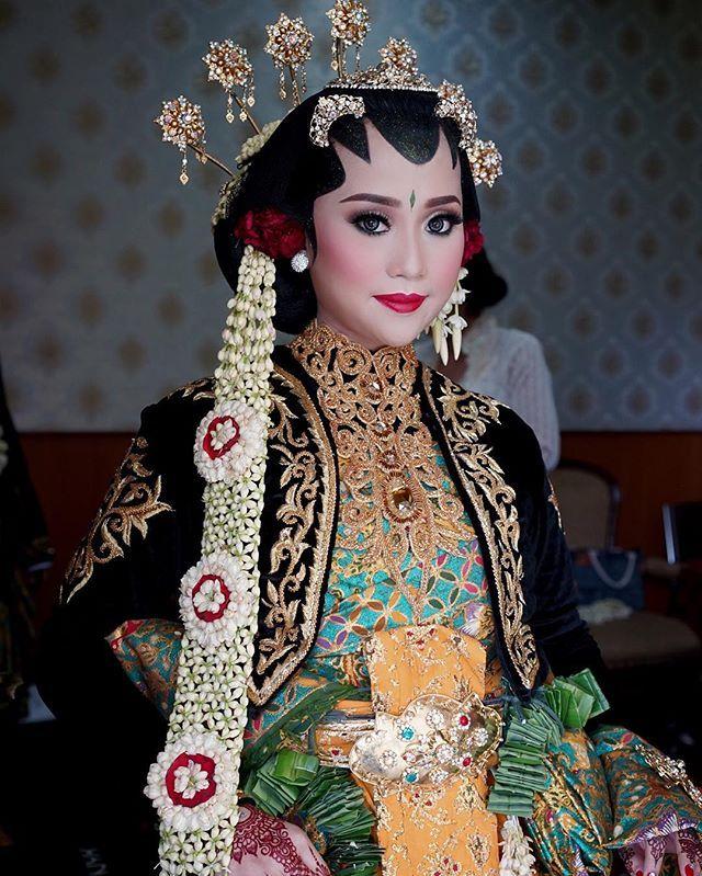 Solo Putri Wedding Make Up By Sanggar Liza One Of Indonesia