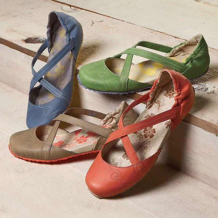 Fashion shoes, Comfortable shoes, Cute