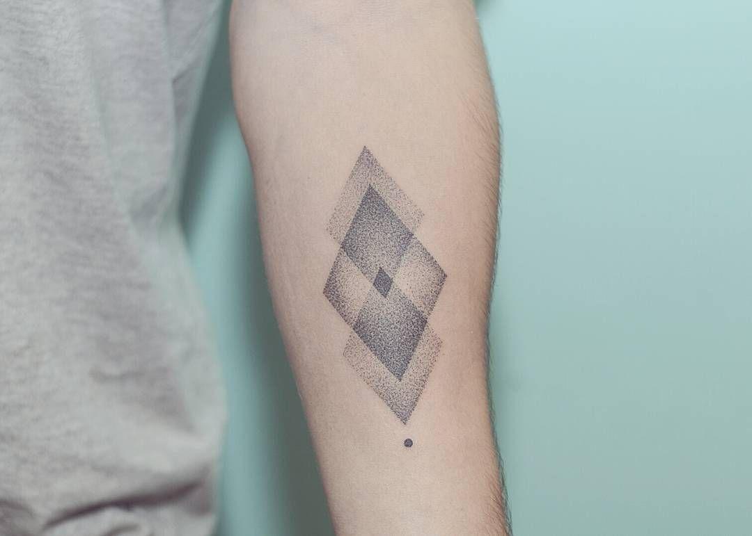 Hand Poked Geometric Diamonds Tattoo By Pontotattoo Hand Poked