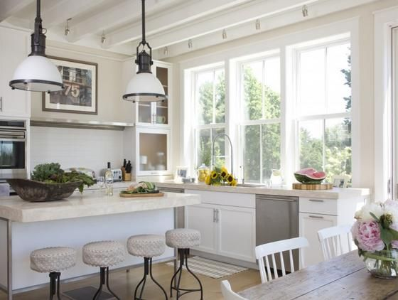 Doble ventanas colgadas hizo esta cocina es más refrescante y ...