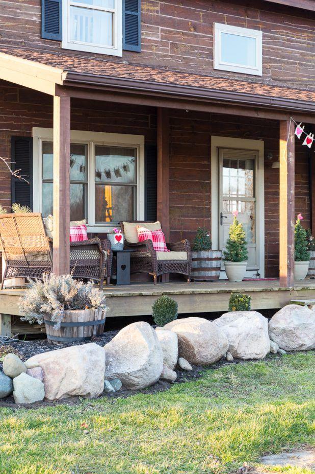 Rustic Valentine Porch Decor Creative Cain Cabin Rustic Valentine Porch Decorating Rustic Valentine Decor