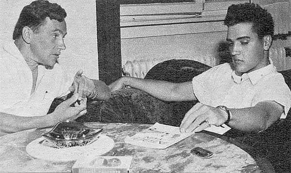 December 1959 Elvis welcomes Bravo Correspondent,  G. Thomas Beyl for an interview.