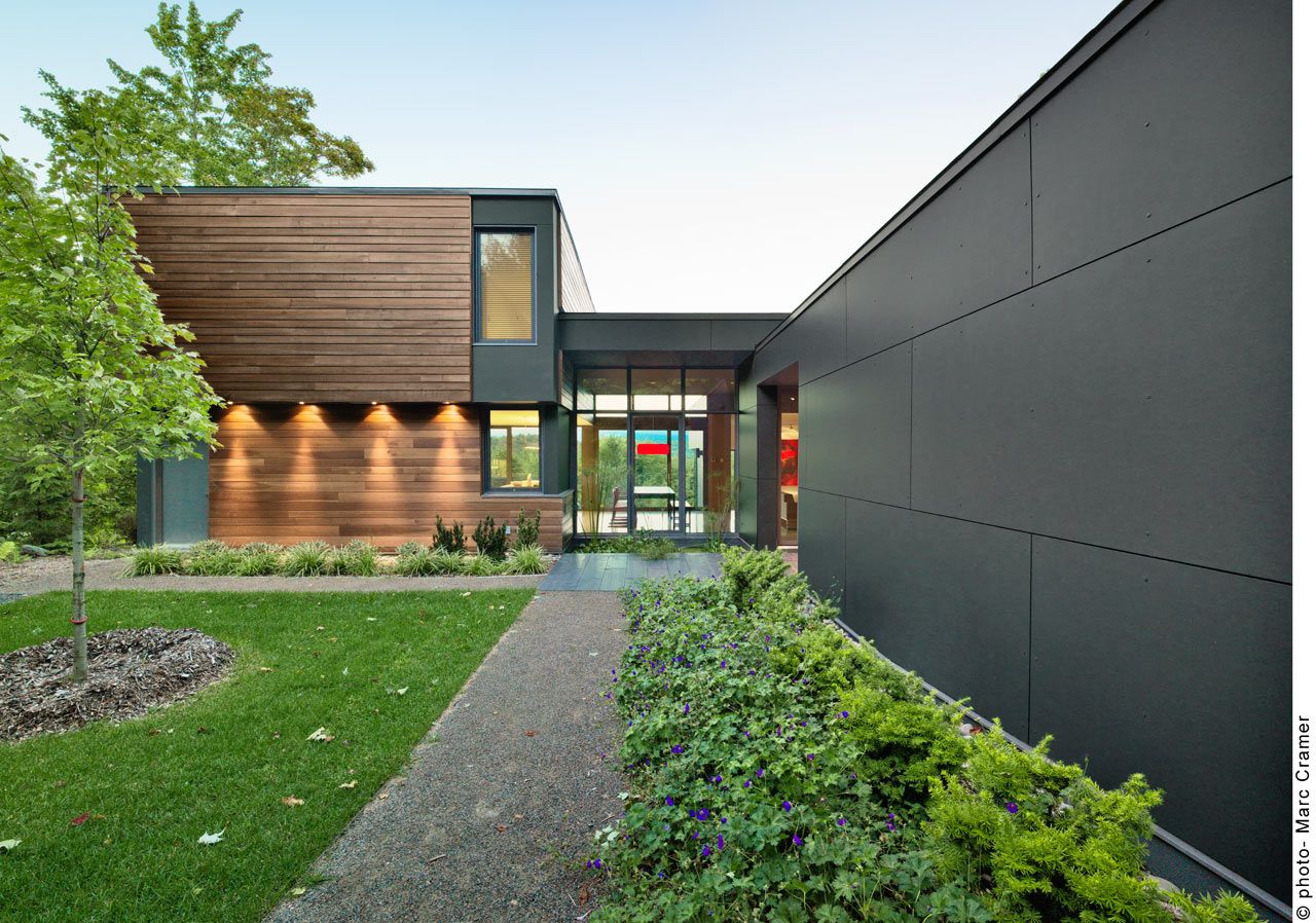T house a modern country retreat in quebec quebec modern country