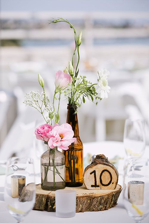 Bud Vase Wedding Centerpieces Deanna Brians Wedding Pinterest